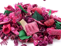 Hand Blended Pot pourri Wild Strawberry`