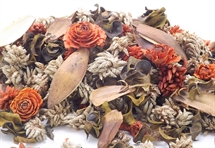 Hand Blended Pot pourri Woodlander